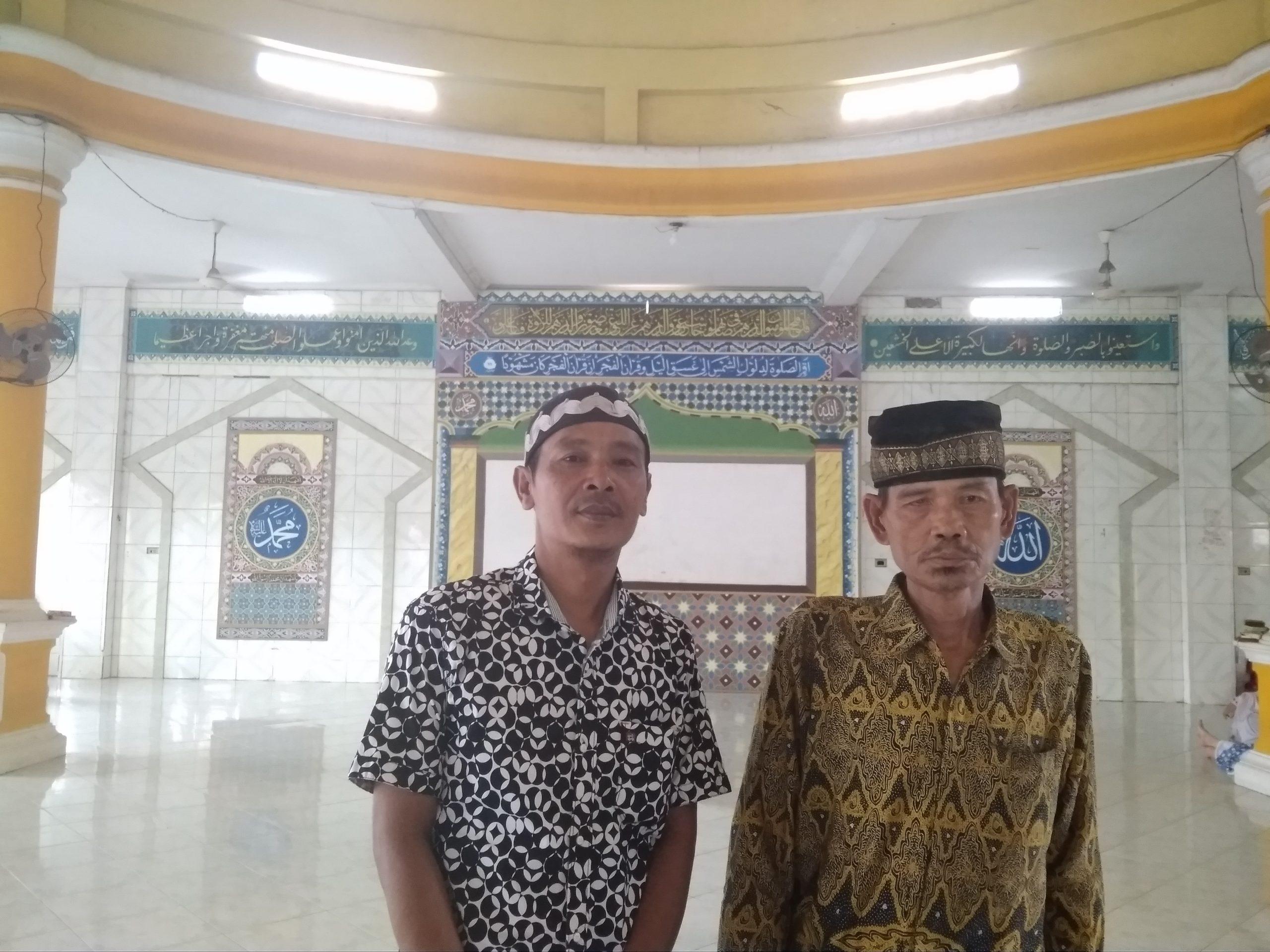 Ittifaqiah Umrohkan Pak Ateng dan Mang Hamid