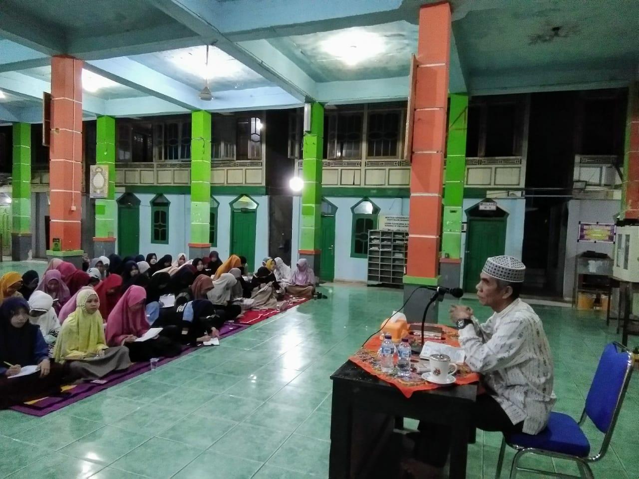KH. Muslih Qori: Warisi Sosok Mudir Awal