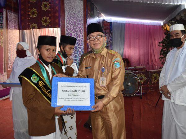 29 Tahun, Ittifaqiah Cetak 1.970 Para Penghafal Al-Quran